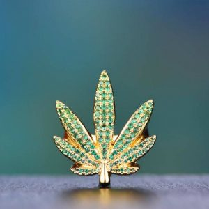 Aporro Iced Out Cannibus Ring